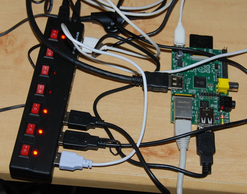 USB hub a RPi